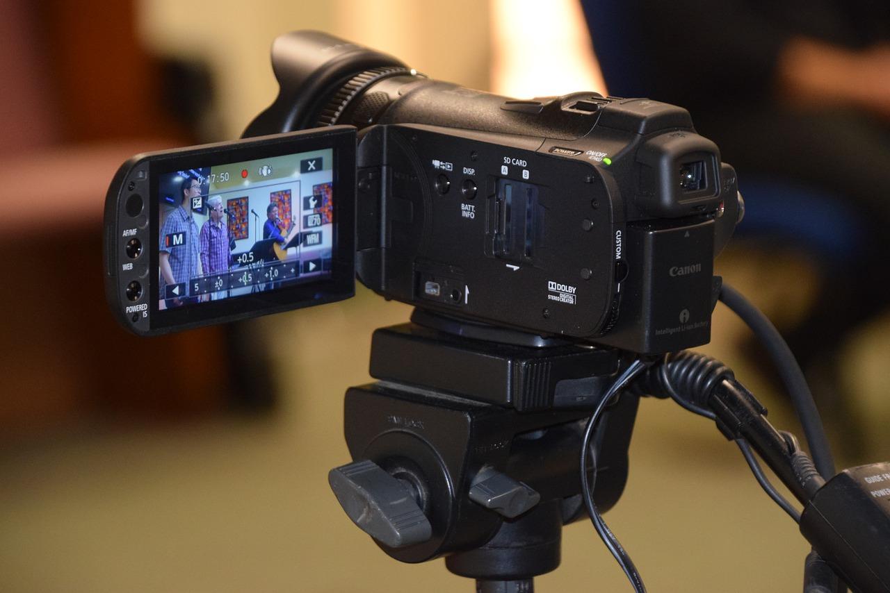 camera equipment, camcorder, canon g-10